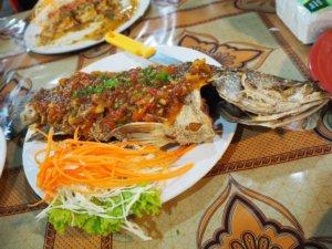 パンガン島の焼き魚
