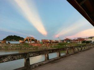 柱のように見える夕日