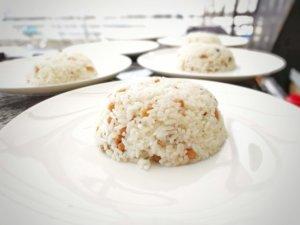 ミャンマーの豆ご飯