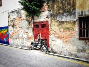 バイクを利用したトリックアート
