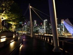 誰もいない深夜のシンガポール