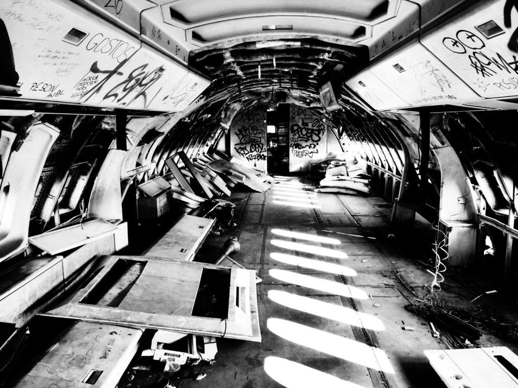 廃棄された飛行機