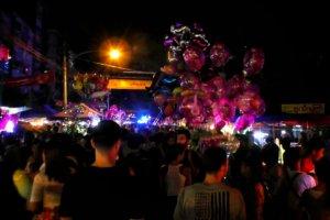 ヤンゴンお祭り夜歩き