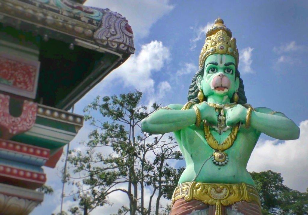 緑色のハヌマーン像