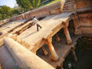 アフマダーバードの階段井戸