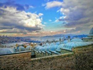 イスタンブールの屋根