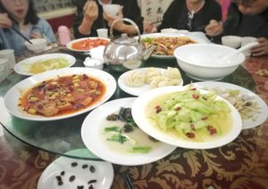 中国のまわる大皿