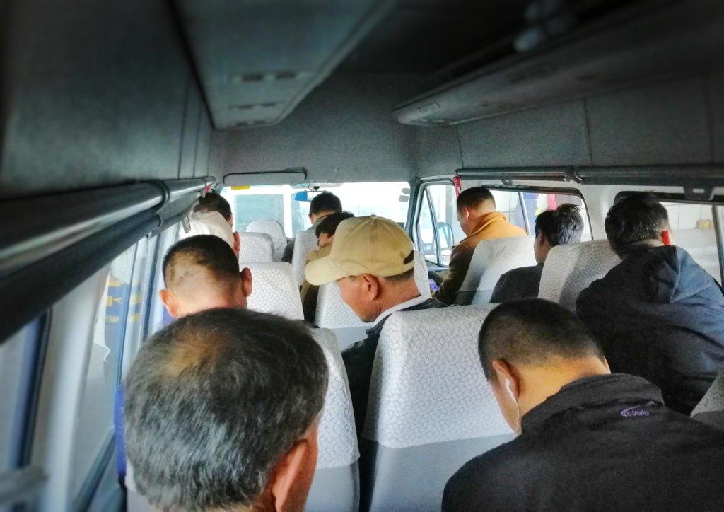 ウイグル:乗合バス