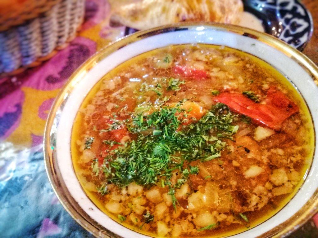 ウズベキスタンの羊スープ