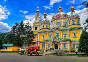 アルマティのロシア正教会