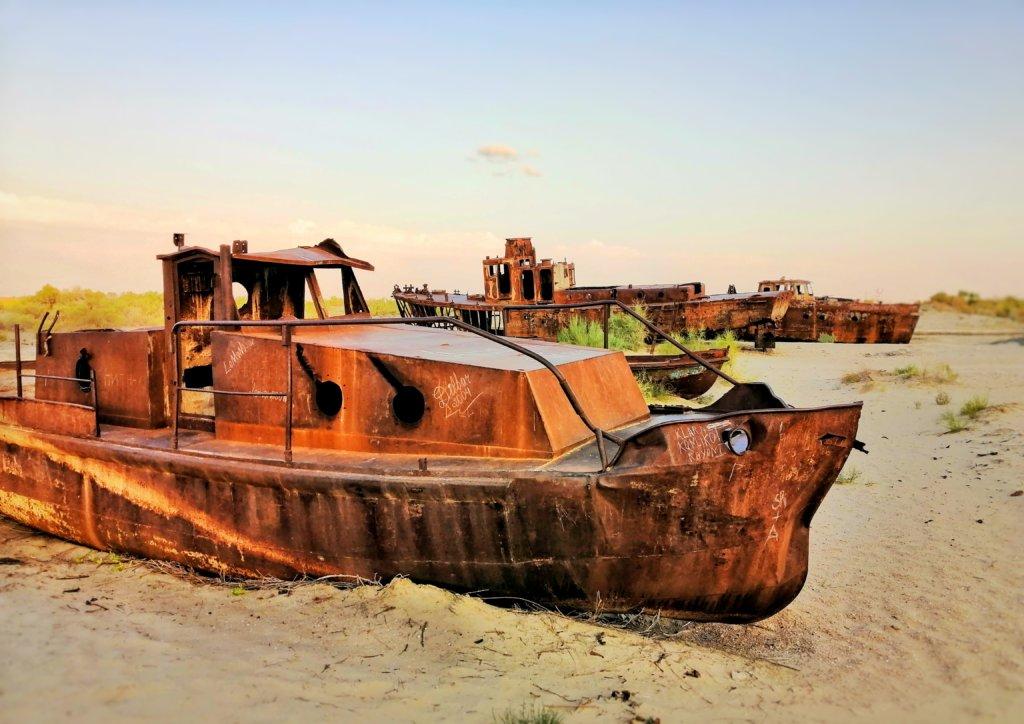 モイナクの船の墓場