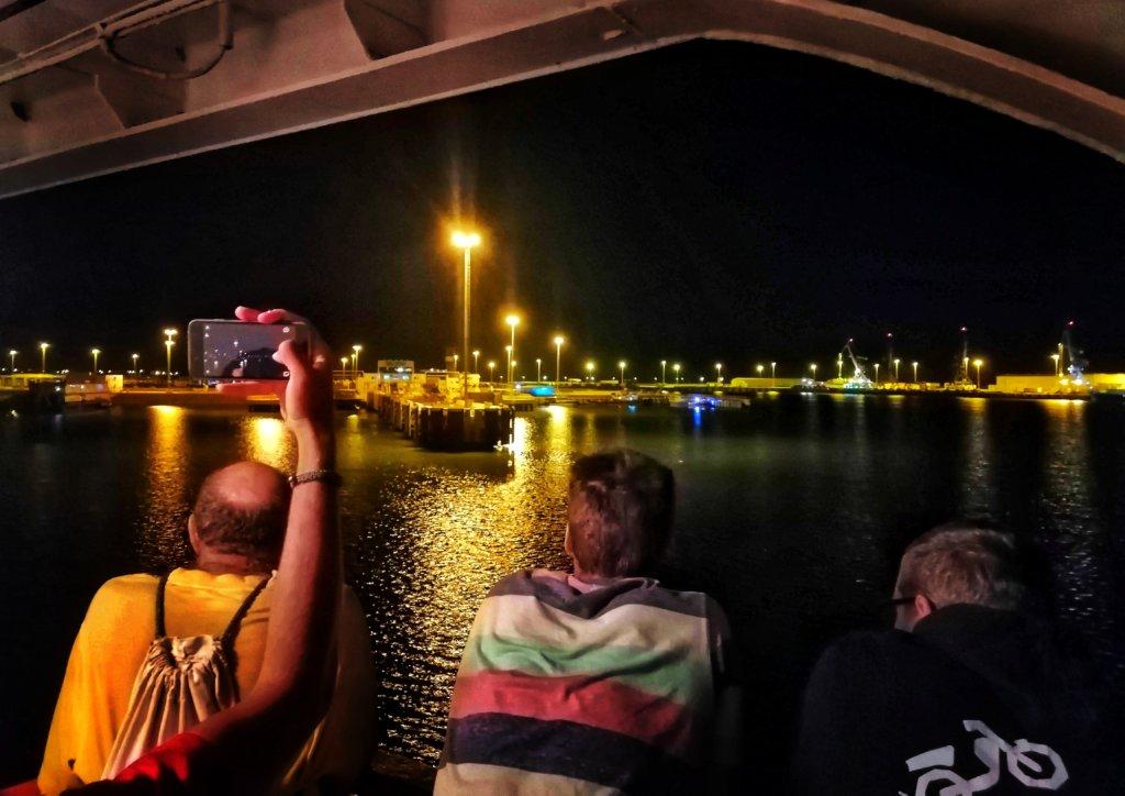 カスピ海の船:アゼルバイジャンに到着