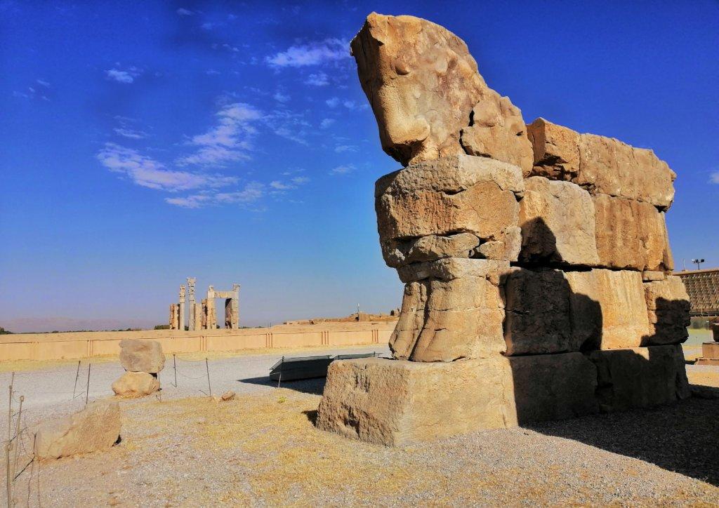 ペルセポリス:大きな馬の像
