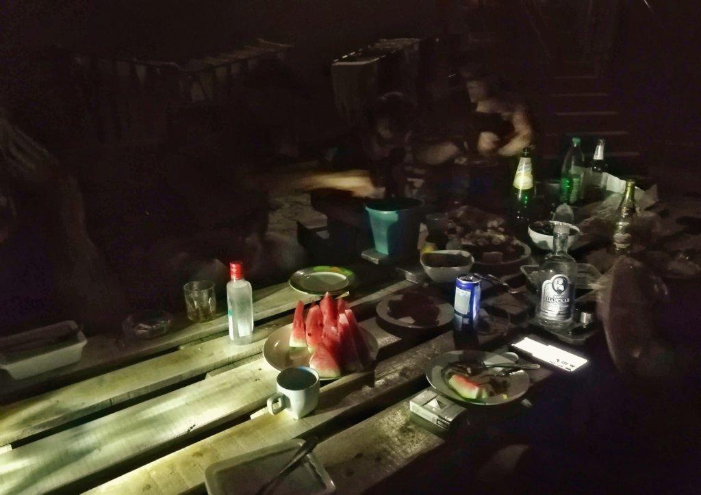 エレバン:夜のパーティー