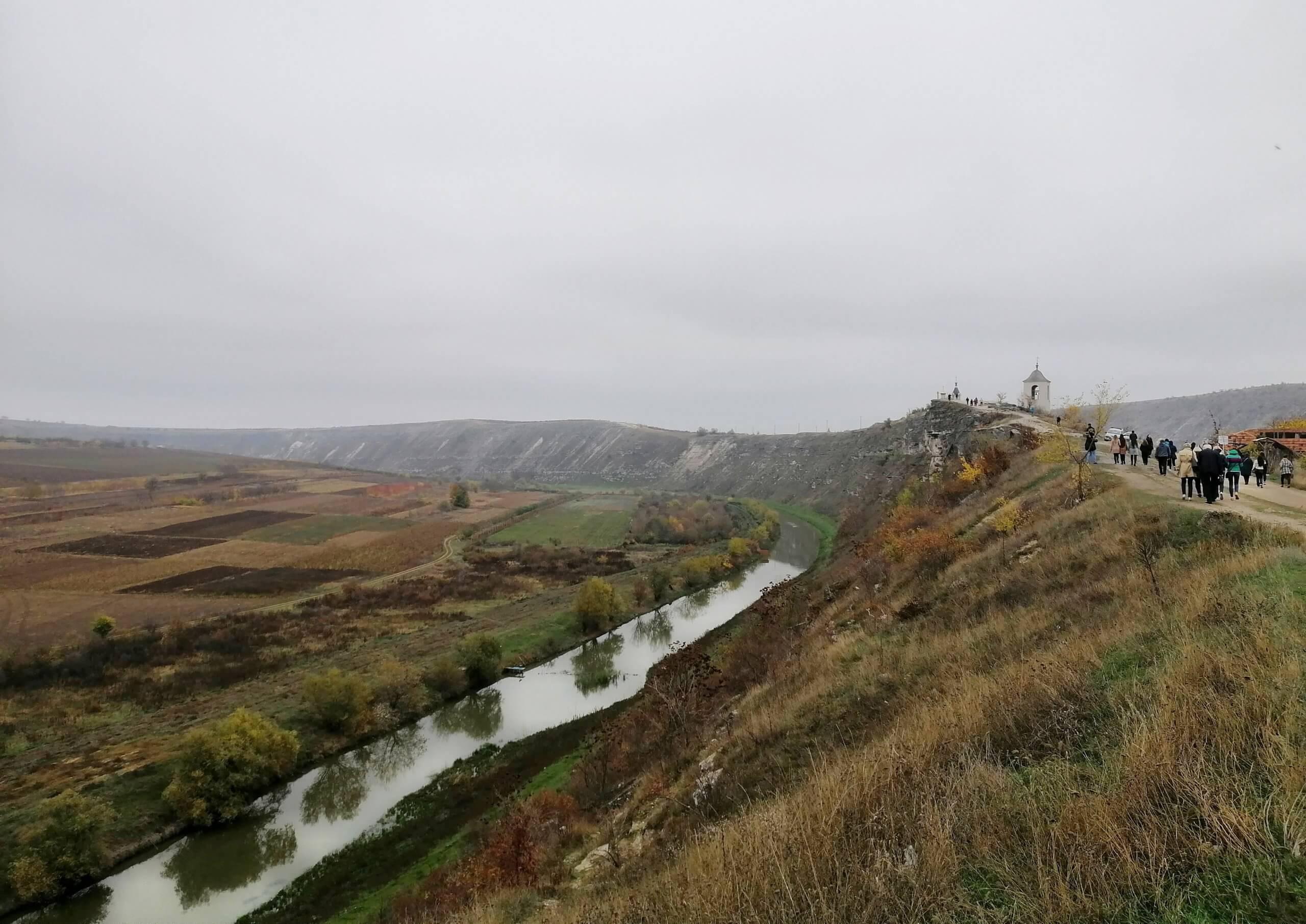 モルドバ:曇りの冬景色
