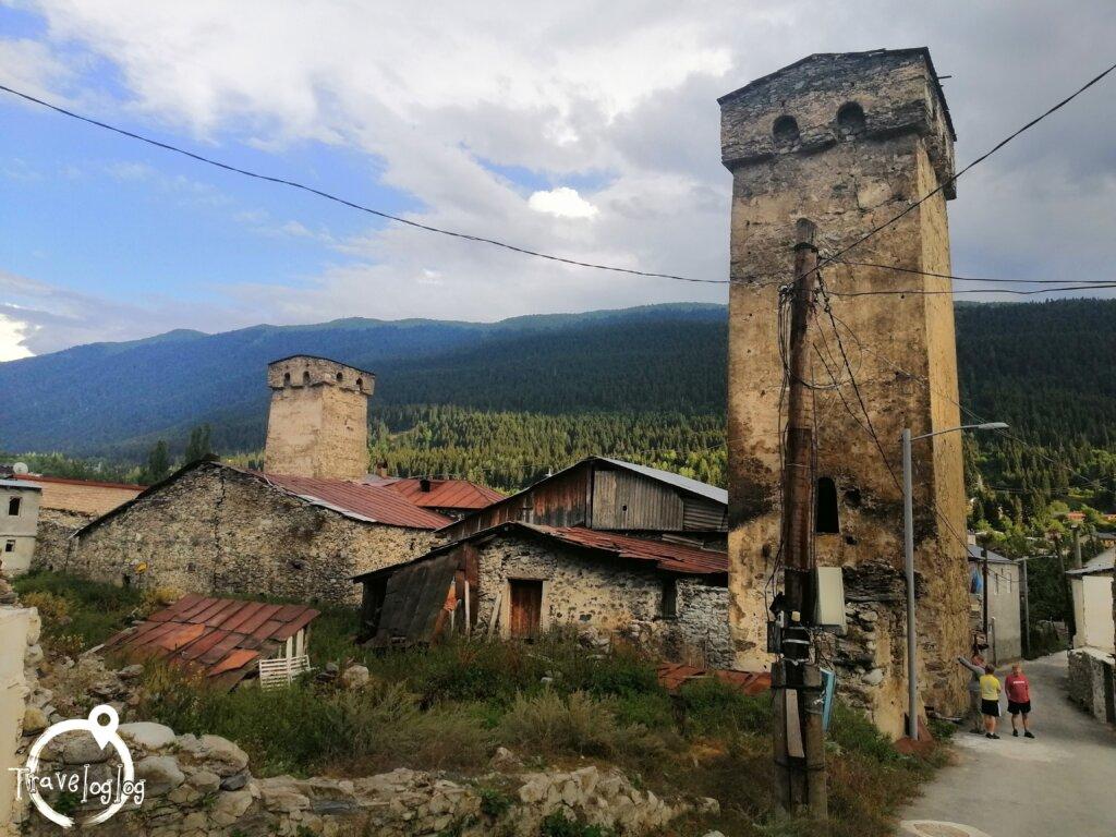 ジョージア:メスティアの塔