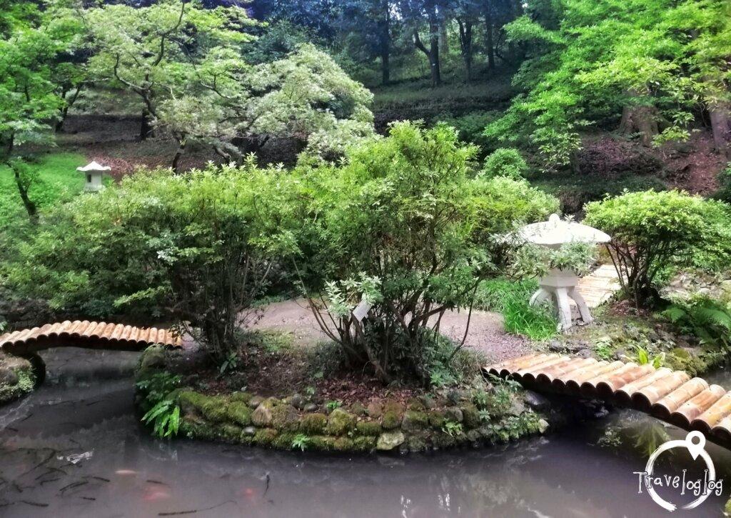 バトゥミ:植物園の日本庭園