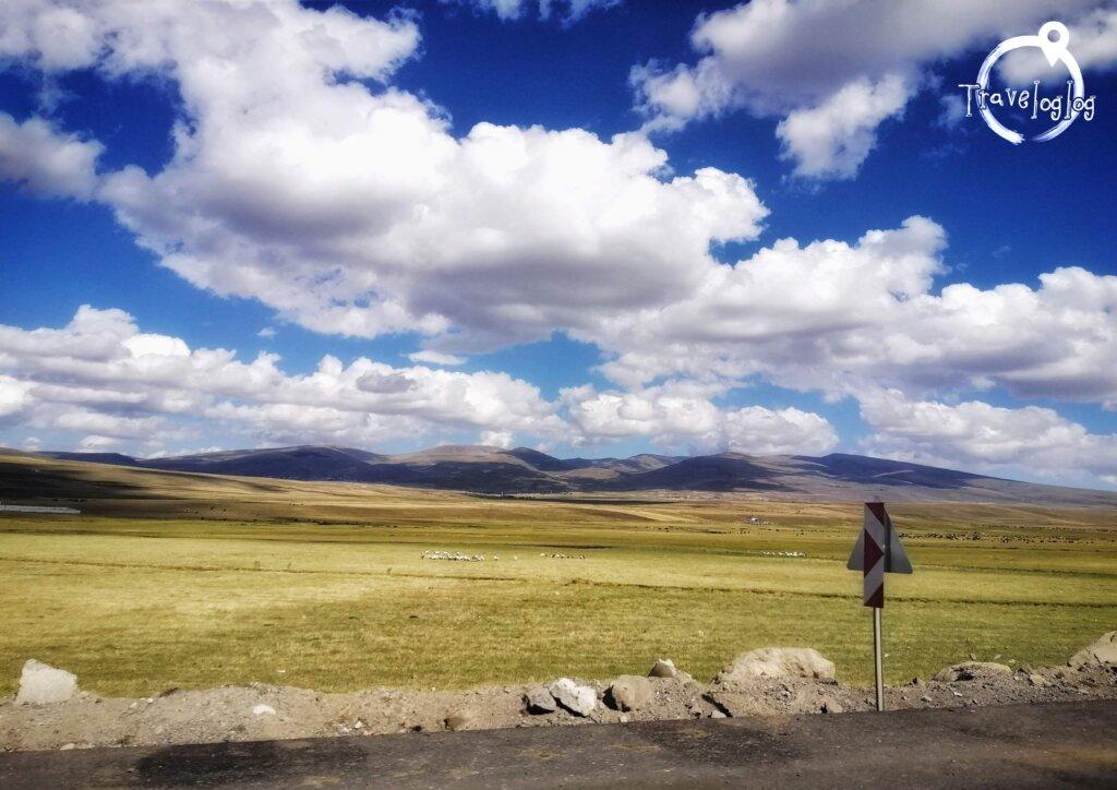 トルコ:雲の近い高原